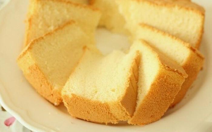 Der Einfachste Biskuitteig für Torten und Kuchen